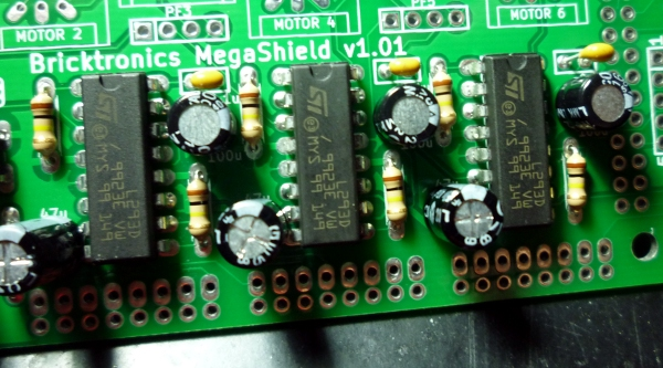 Install the electrolytic capacitors